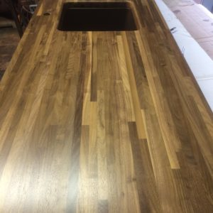 Walnut butcher block countertop - Polo Reserve