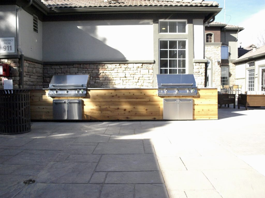Belleview Station Apartments - Grills